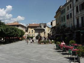 Piazza Motta 1